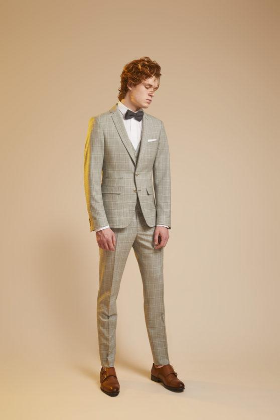 franck-costume-gris-carreaux